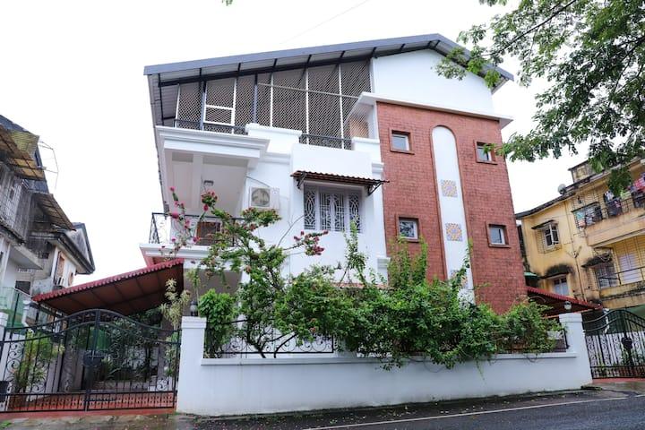 4 Bedroom Villa near Mall de Goa - North Goa