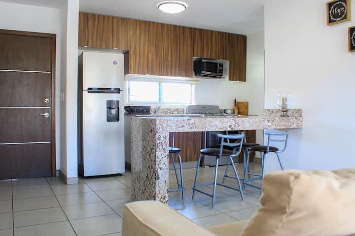 Descuento: Ubicación, Cocina completa, AC, Lav&Sec