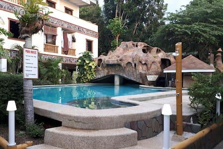 Alona Park Residence 2, Panglao, Alona Beach