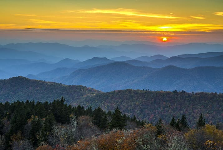 The view from the Blue Ridge Parkway is breathtaking