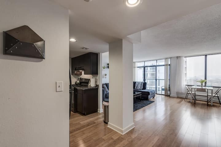 Trendy Furnished Apartment in Downtown Tulsa