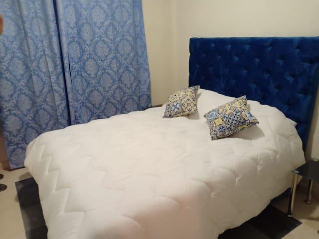 Très bel appartement neuf et moderne au centre ville de Marrakech a proximité de tous