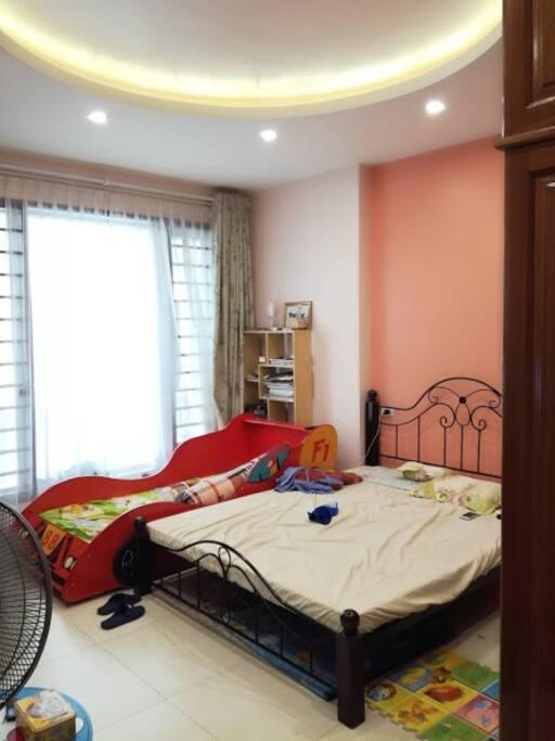 Bedroom 2 on the 2nd floor (2 beds)
