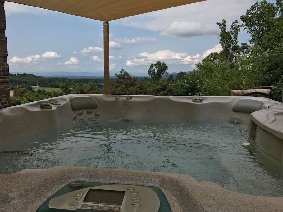 Hot tub with views.