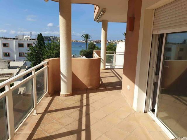 Sea view apt.  with 2 big suites rooms, Talamanca