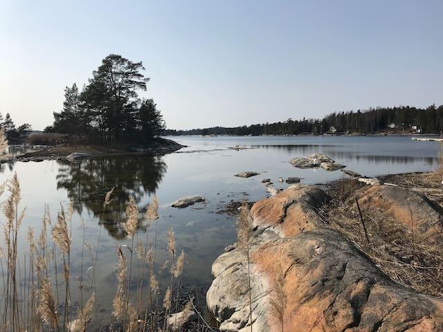 Oceanside cottage in scenic Oxelösund archipelago