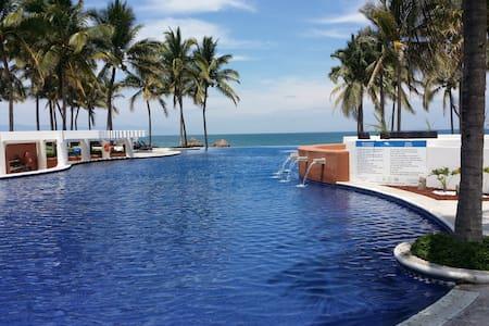 Beachfront Luxury House in condo, Nvo Vallarta - Nuevo Vallarta - House - 1