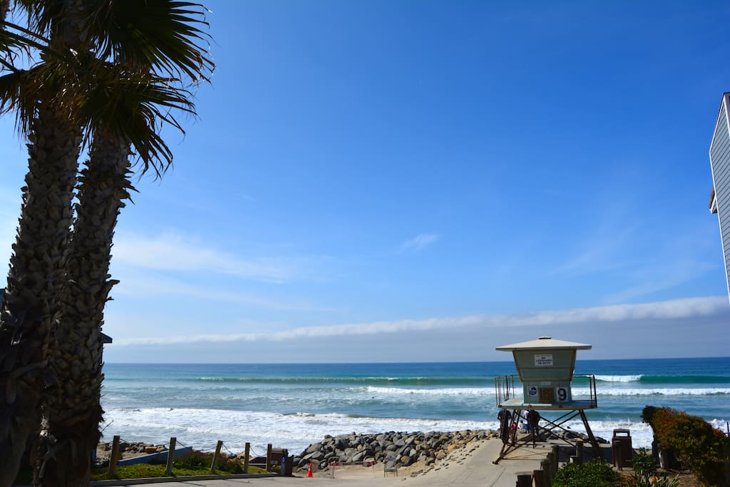 Oceanside Blvd beach has a lifeguard on duty during the summer. It is a great beach for the family and a fun surf spot!