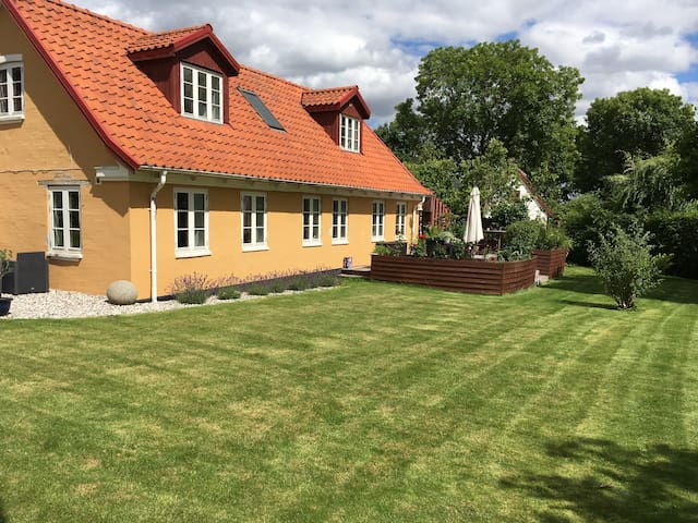 Idyllic house close to Roskilde, forest and water