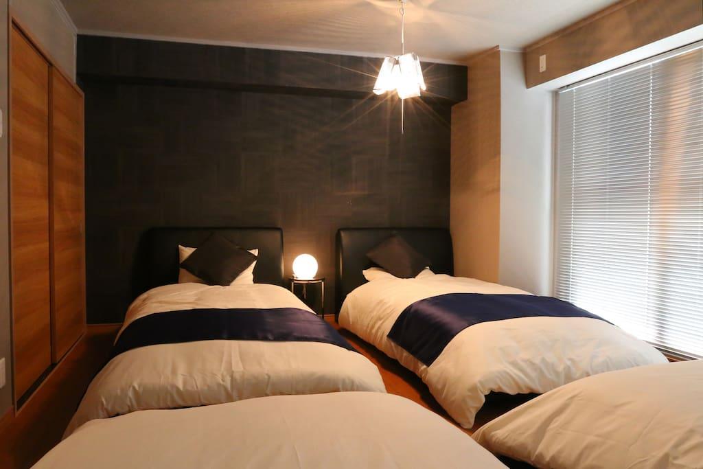 Main Bed Room (Left Side)