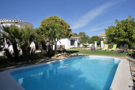 CASA LOS YAYOS. Costa del Sol - Estepona - Chalet
