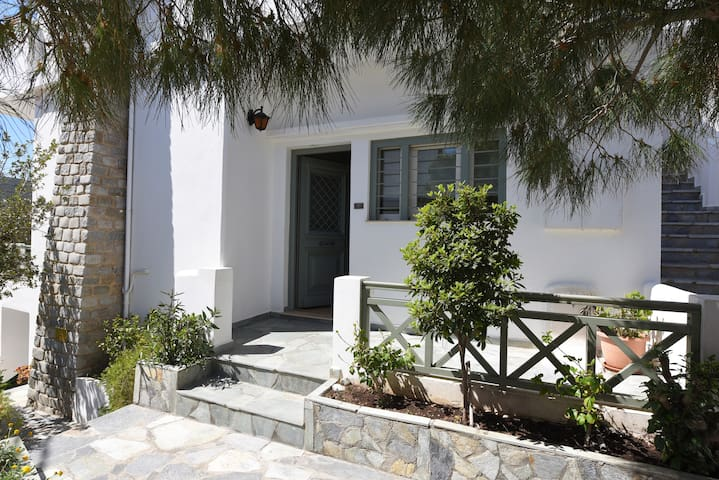 Josephine's traditional family house Syros