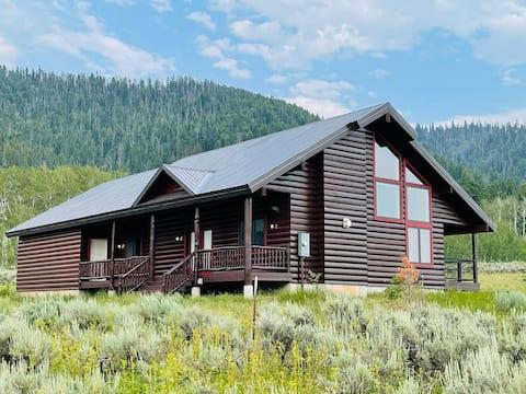 Mountain View Lodge 10 min to YNP+WiFi