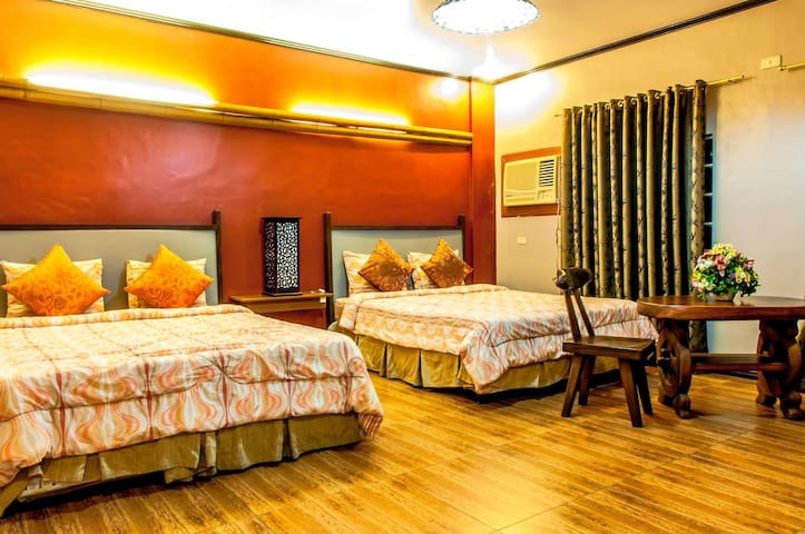 VK SUITE 2 Private Room TAAL LAKE - 2 Level Suite