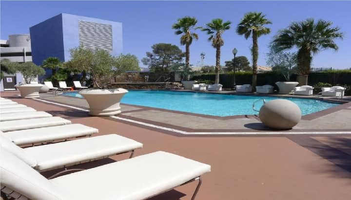 BHostels Las Vegas - Mixed Shared
