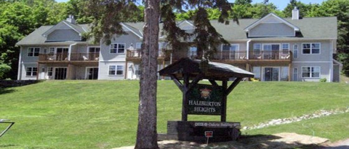 Haliburton Heights