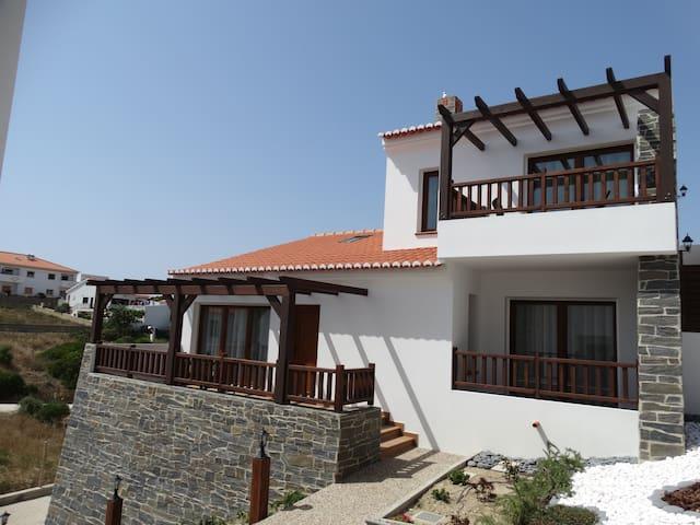 Falésias da Arrifana - Turismo Rural- Casa 5