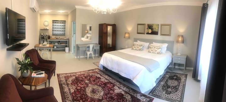 Steenkoppies estate semi self catering unit 2