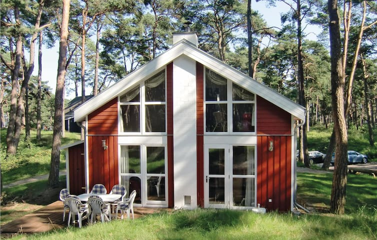 Holiday cottage with 3 bedrooms on 85 m² in Baabe