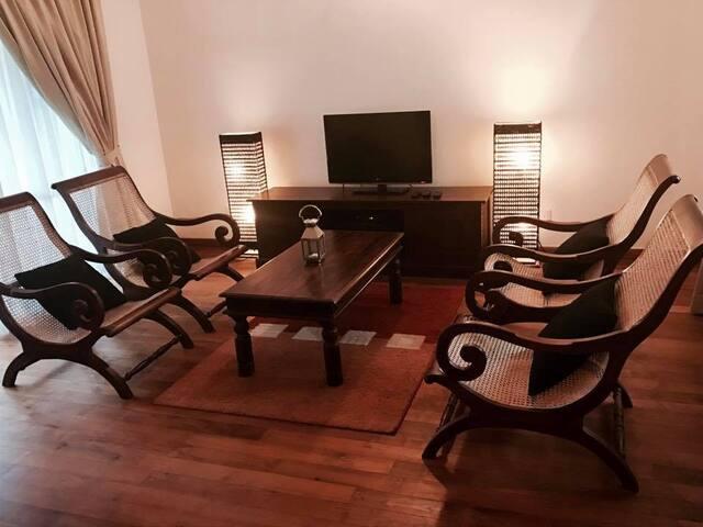 Elegant Modern Bungalow, Digana