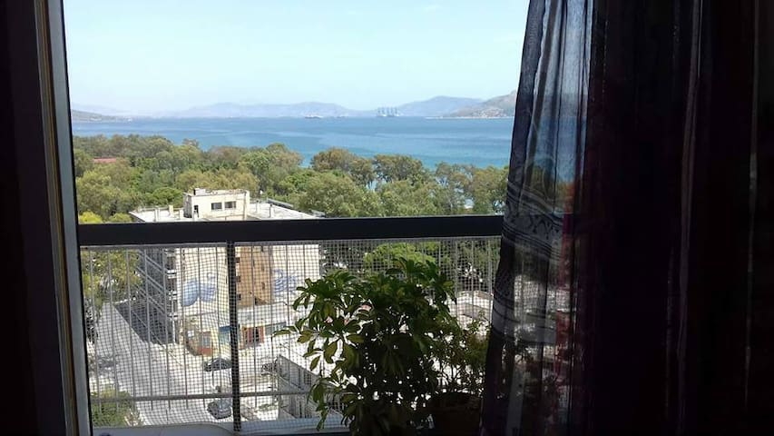 APARTMENT WITH SEA VIEW NEAR ATHENS