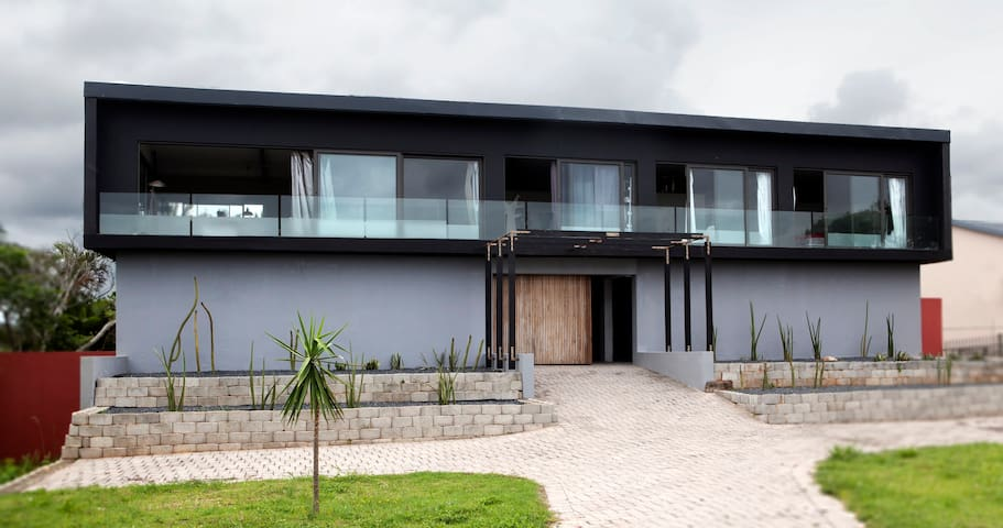 Modern living  in Southbroom