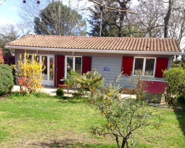 Maison en bois type T3 de 60m2 avec terrasse - Le Teich - Casa