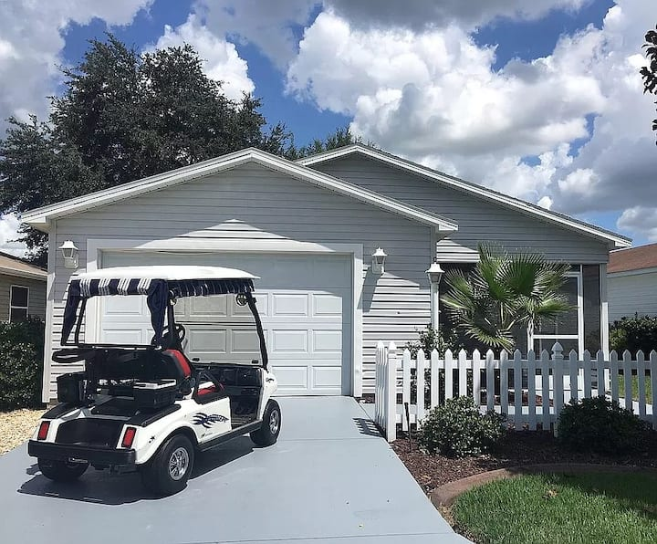 Immaculate Villa-Golf Cart-Close to Sumter Landing