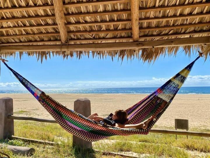 Beachfront Glamping Cabin @ Rincon Acuario