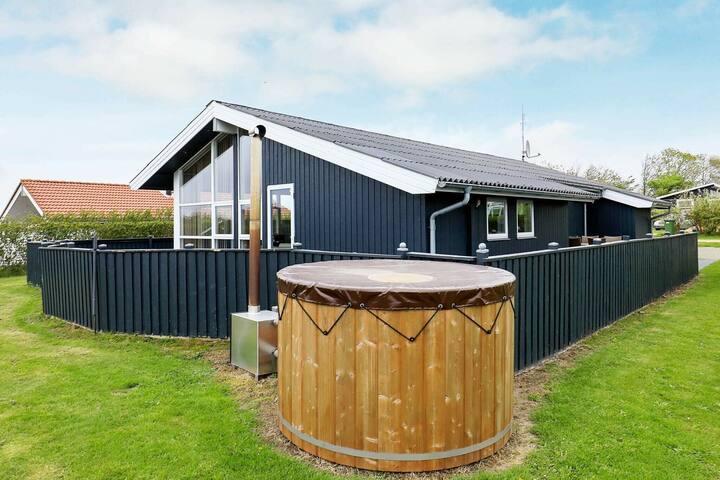 Maison de vacances paisible avec grande terrasse à Vinderup
