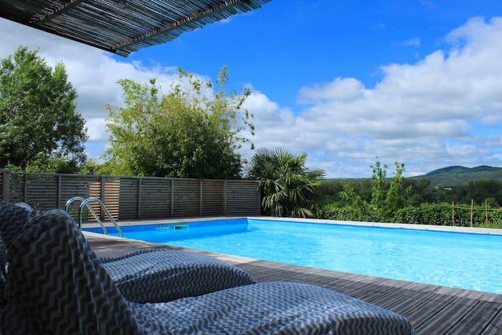 Maison de maître avec piscine pour 8 personnes - Lunas