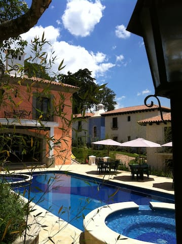 A perfect get away to relax , apt. near Antigua - San Juan del Obispo - Flat