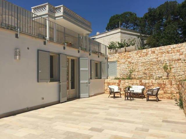 Villa Rosato- apt. 80sqm-2 double-bed-6 adults