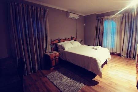 Leopard Suite - Pretoria