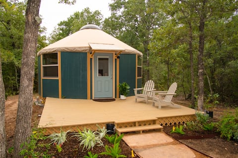 """The Agave""☀Luxury Yurt Cabin☀Private Deck+Bath☀"