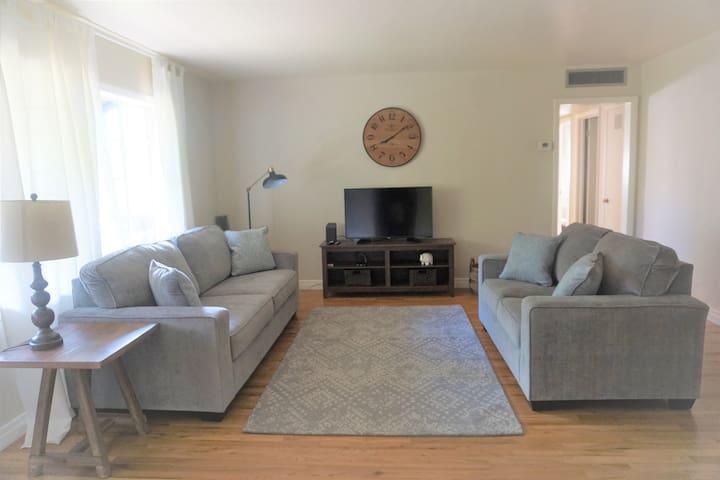 Randolph House Condominium- In the Heart of Tucson