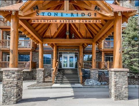 2Bd Renovated Mountain Condo-Pool/Hottub @ Resort