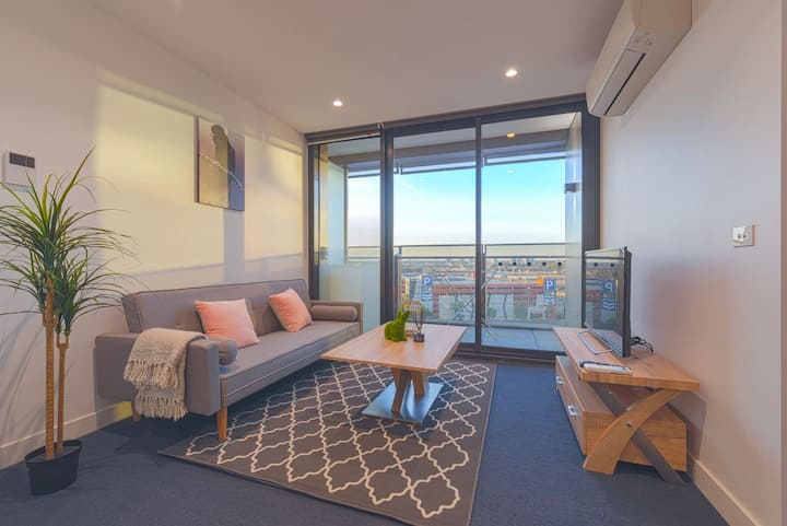 Cozy Melbourne Star 2 Bedroom Apartment Docklands