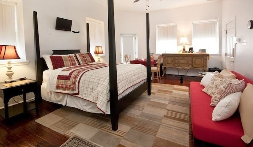 Manayunk Terrace Efficiency Extended Stay