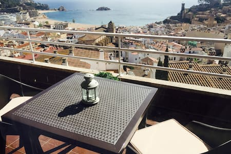 BEAUTIFUL APARTMENT WITH AMAZING VIEWS TO TOSSA - Tossa de Mar - Flat