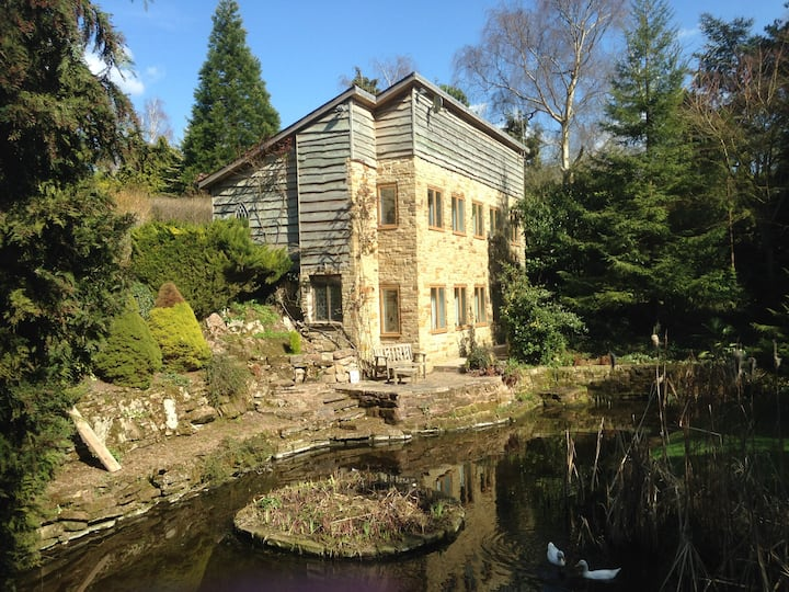 Old Windmill Lodge, nr Stratford and cotswolds