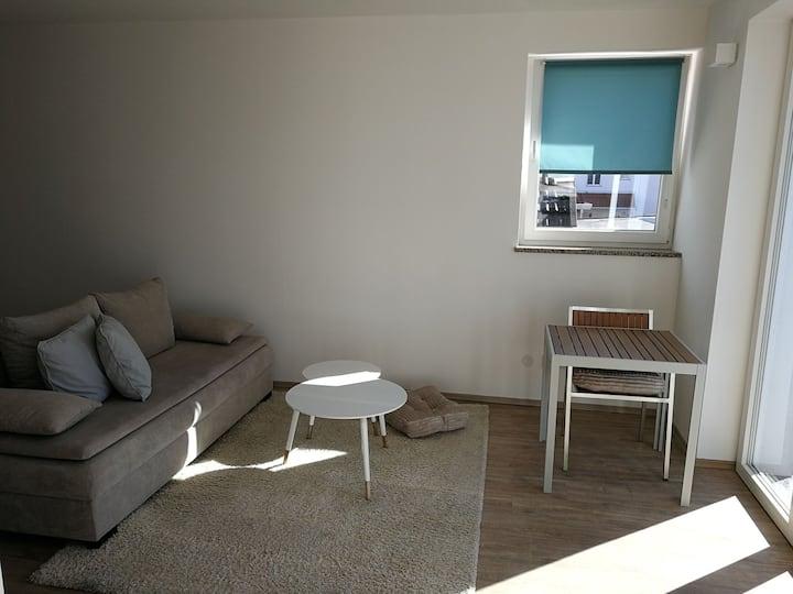 Kleine Wohnung mit riesiger Terrasse