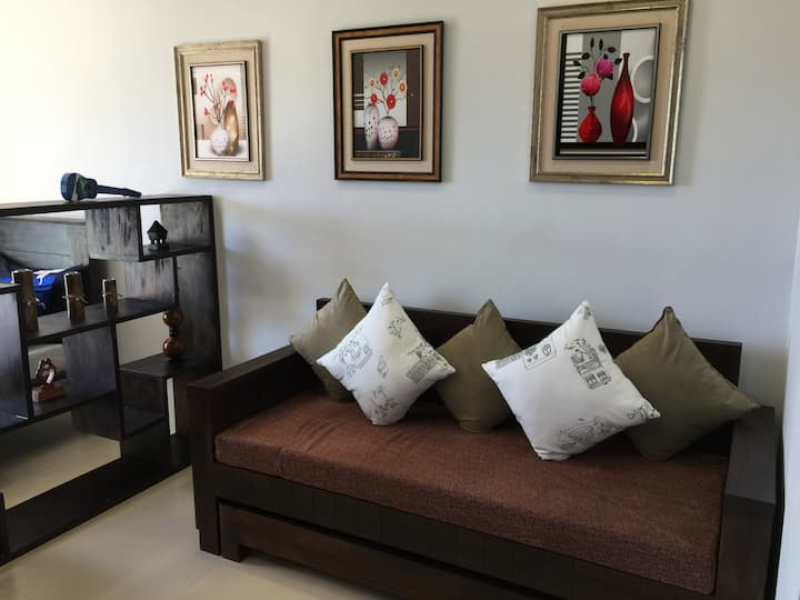 Condo Getaway (Condo Unit at Mega 2, 5F10)