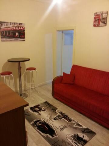 Cosy 1+1 near Embassies in Tunalı - Çankaya - Apartmen