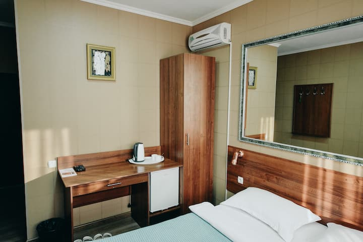 Стандартный номер с двухспальной кроватью