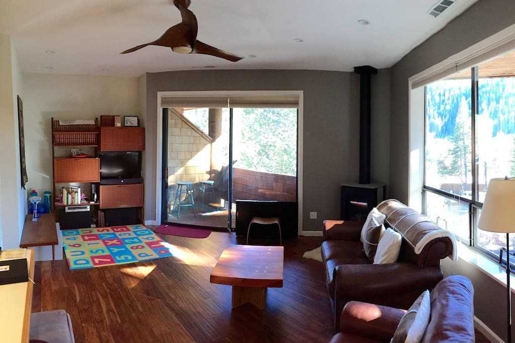 Living room pano2