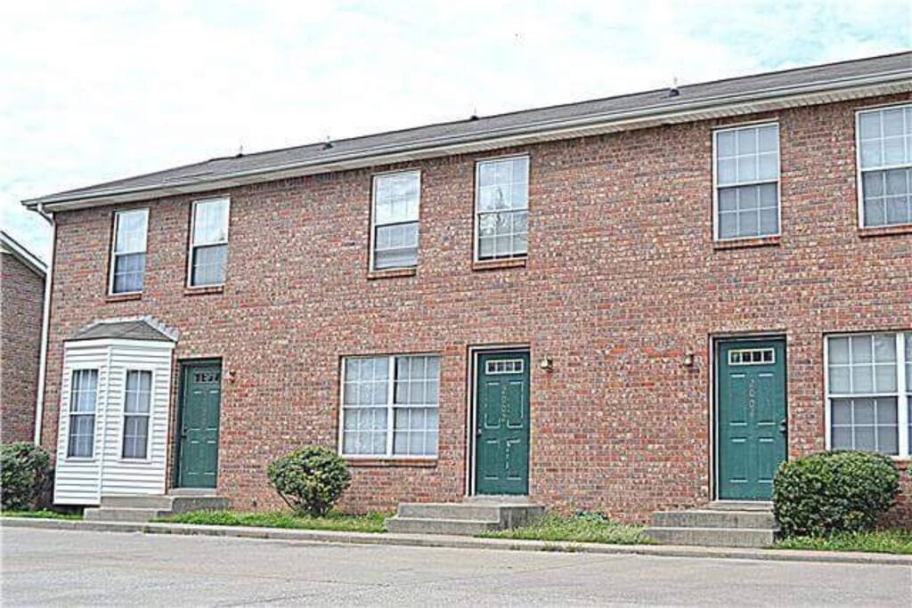 Clarksville Updated Townhome Townhouses For Rent In Clarksville Tennessee United States