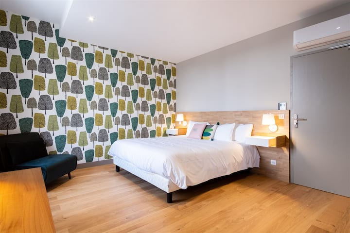 Double room-2-Comfort-Ensuite with Bath-Countryside view