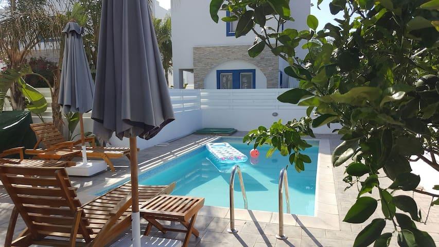Villa Emilia, sea view - Paralimni - Villa