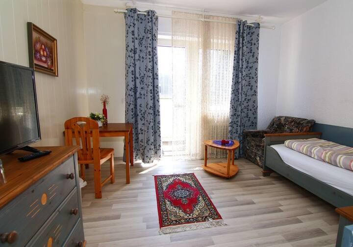 Hotel Spessart - Einzelzimmer mit Balkon